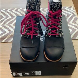 Brand new sorel PDX wedge boot